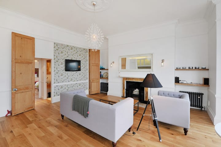 Simply Stunning Period Apartment - Flats for Rent in Bath ...