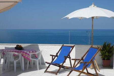 Stunning sea views from terrace - Tropea