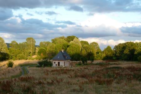Gîte en pleine nature derrière Honfleur - CONTEVILLE - บ้าน