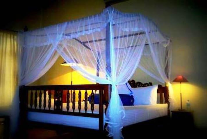 Mahaweli Residence Boutique Hotel - Thalathuoya - 家庭式旅館