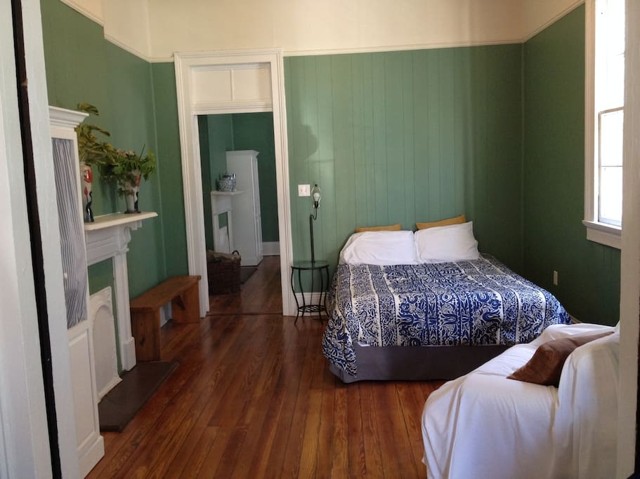 Charming two bedroom with bikes deck in bywater - 1 bedroom houses for rent in new orleans ...