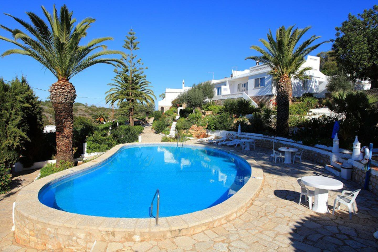 The top pool is the quieter of the two Quinta pools