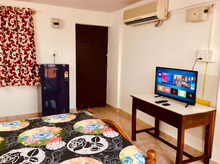 Couple Friendly, Comfortable and Affordable Stay