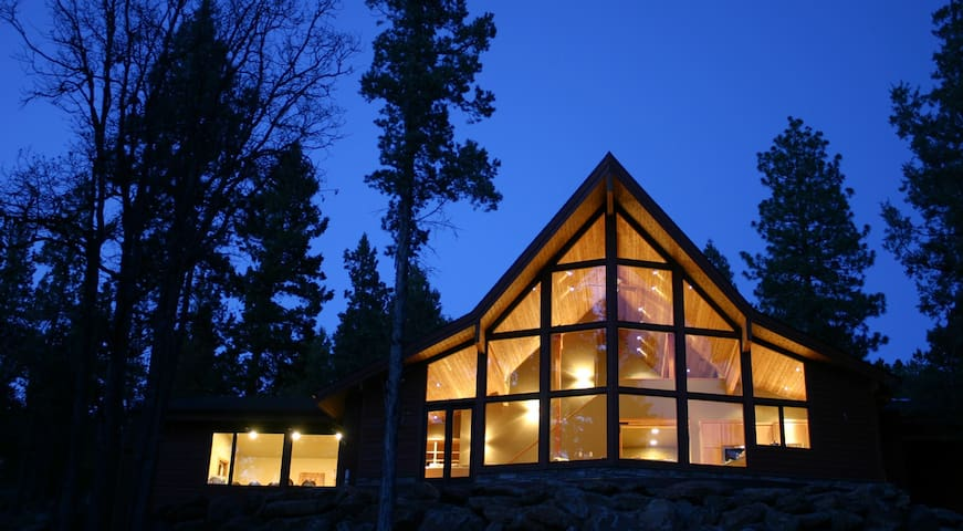 Chalet Lindal - between Mt Shasta & Crater Lake - Klamath Falls - Huis