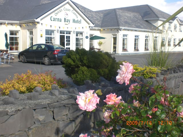 Carna Bay Hotel - Galway