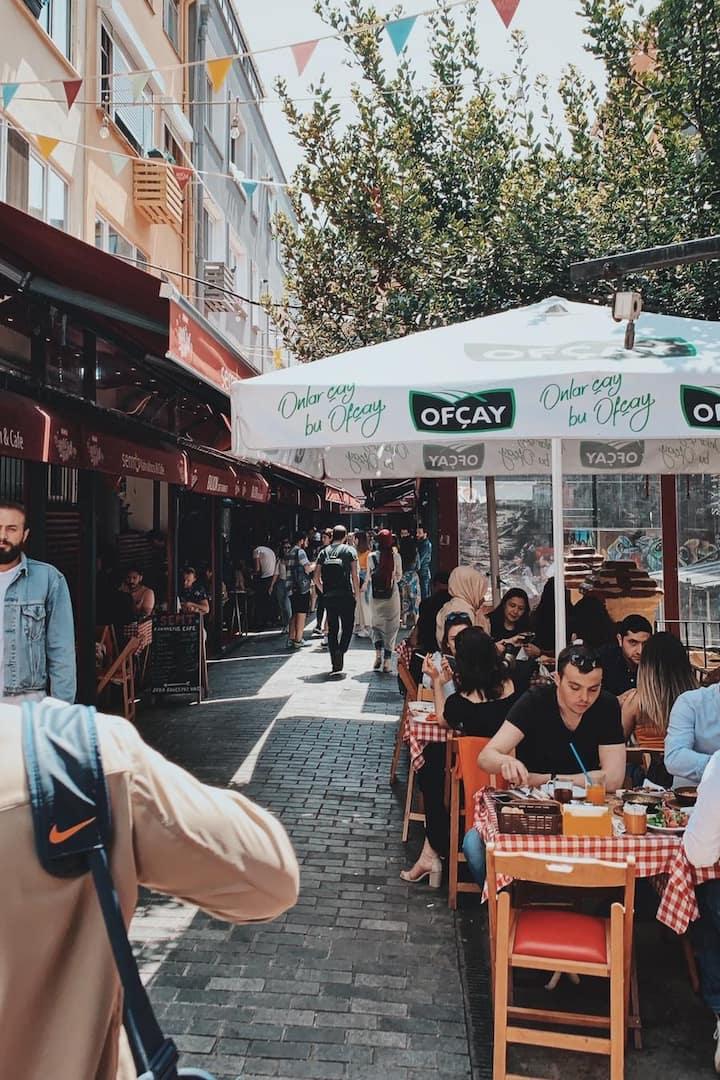 Famous Breakfast Street 3