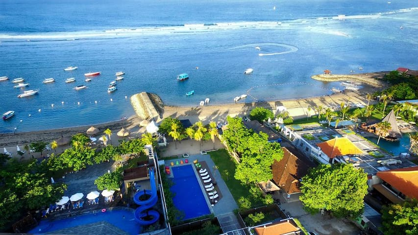 Affordable Stunning Beachfront Suite in Nusa Dua