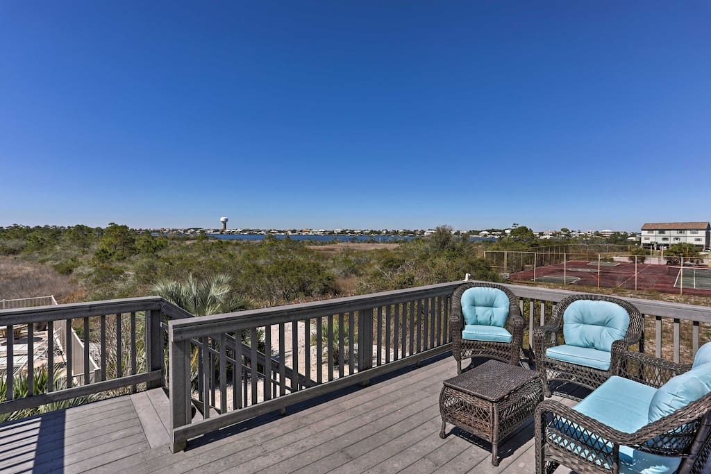 Up to 8 guests will enjoy oceanfront views from the deck.