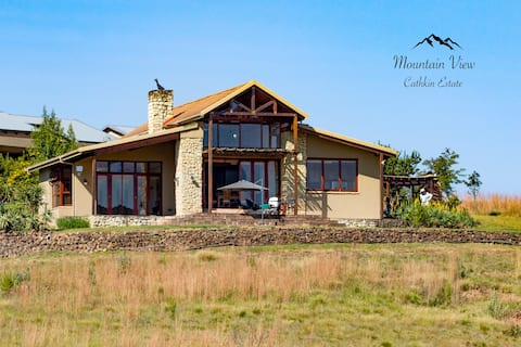 Mountain View,  Drakensberg  *WEEKEND  SPECIAL*
