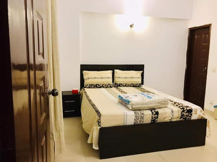 Private room&bath  in shared apartment DHA Phase 6