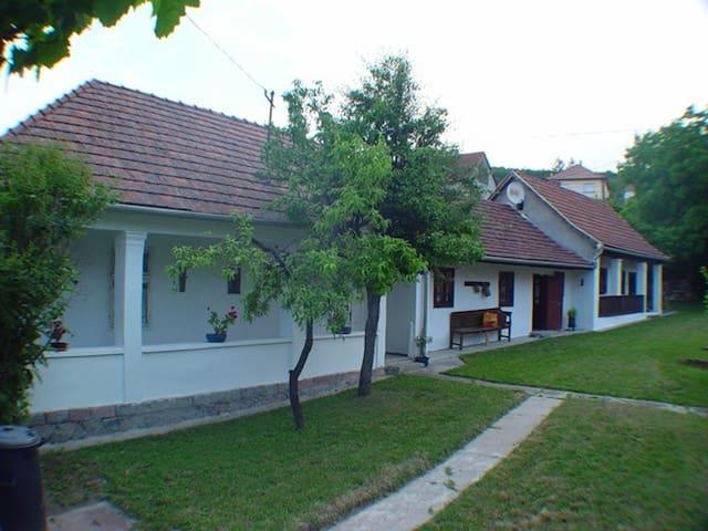 Bükki Nyaraló - Bükkzsérc - Haus