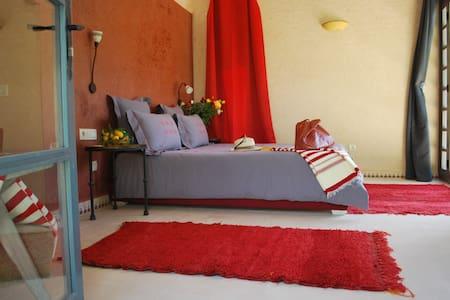 Un élégant Pavillon au coeur d'un immense verger - Marrakech