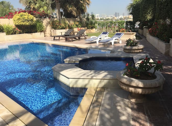 High End Furnished , Luxury Villa - Dubai - House