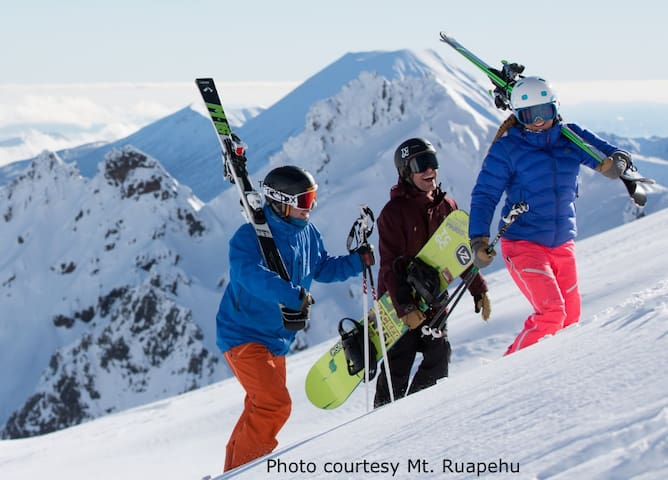 Put yourself in the picture.  Whakapapa & Tūroa Ski are close by.