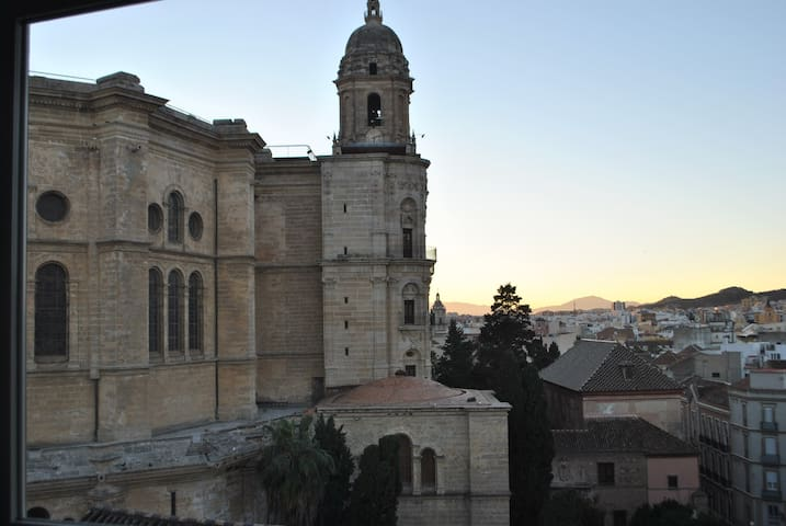 Lovely Studio heart of Malaga - Cathedral views