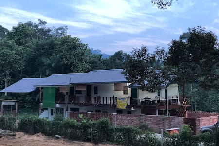 MyDusun Chalet : 03 Room With Balcony (Queensize)