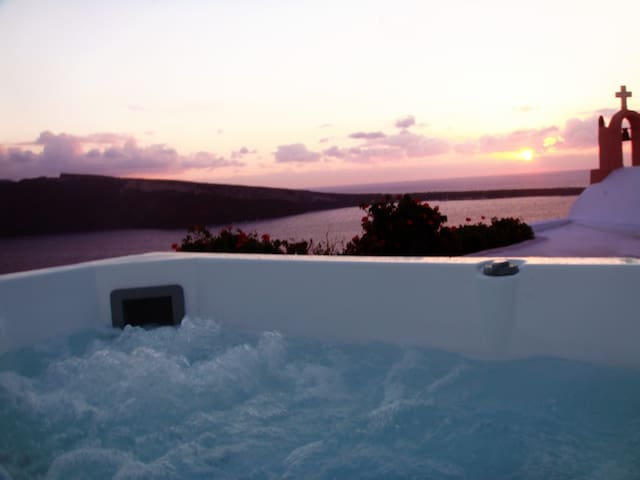 Sunset Chaser, Sea View & Jacuzzi