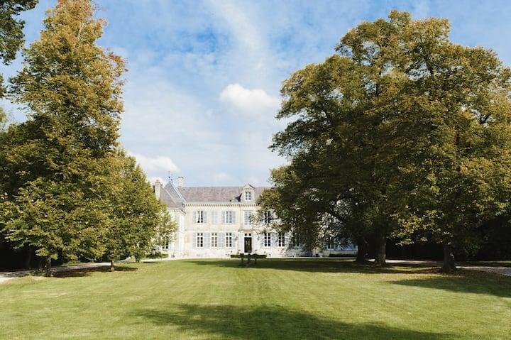 Château de Mairy, Châlons-en-Champagne, 23 Guests