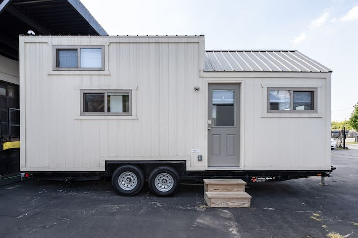 ON CAMPUS Purdue Tiny House In Hammer Down Town