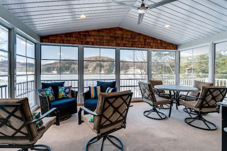 Waterfront Cottage Relaxing & Fun Spa,SunRoom,Deck