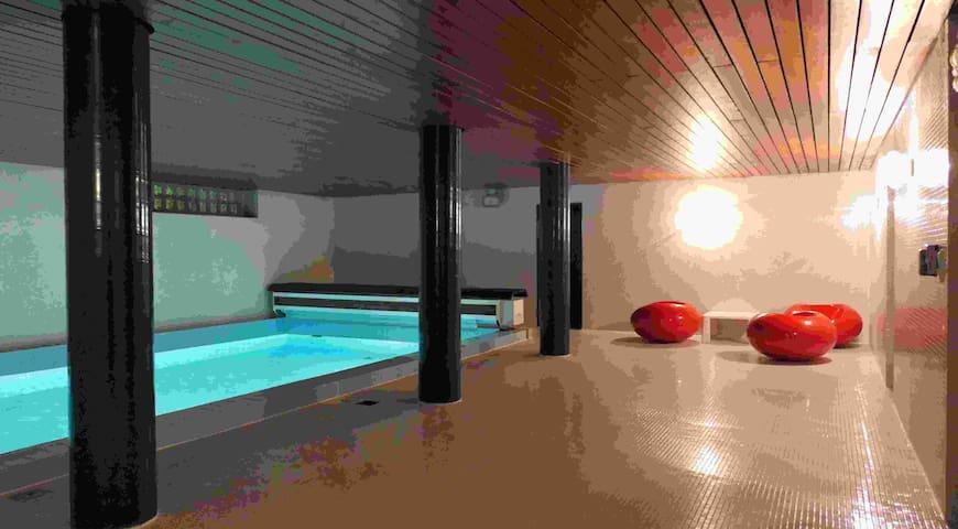 Luxury 4 room Appartment