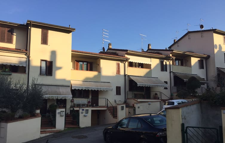 Appartamento Incisa Valdarno - Figline e Incisa Valdarno - Leilighet