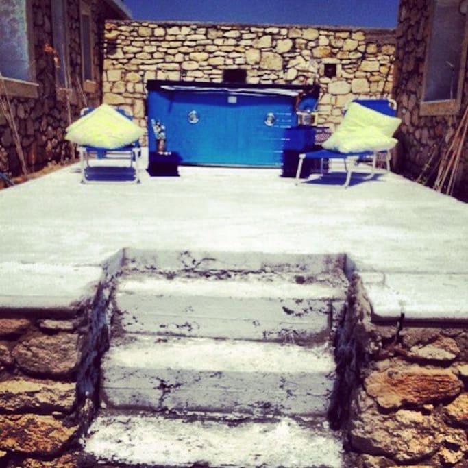 Stone villa on private beach villas for rent in - Jacuzzi esterna ...