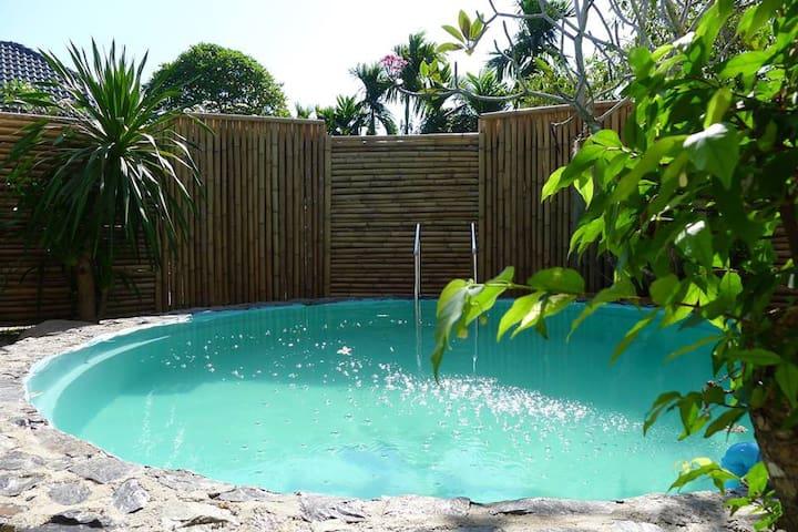 2 Bedrooms House/ Phuket Town / Panwa