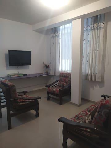 Visita moyobamba en un lindo hogar