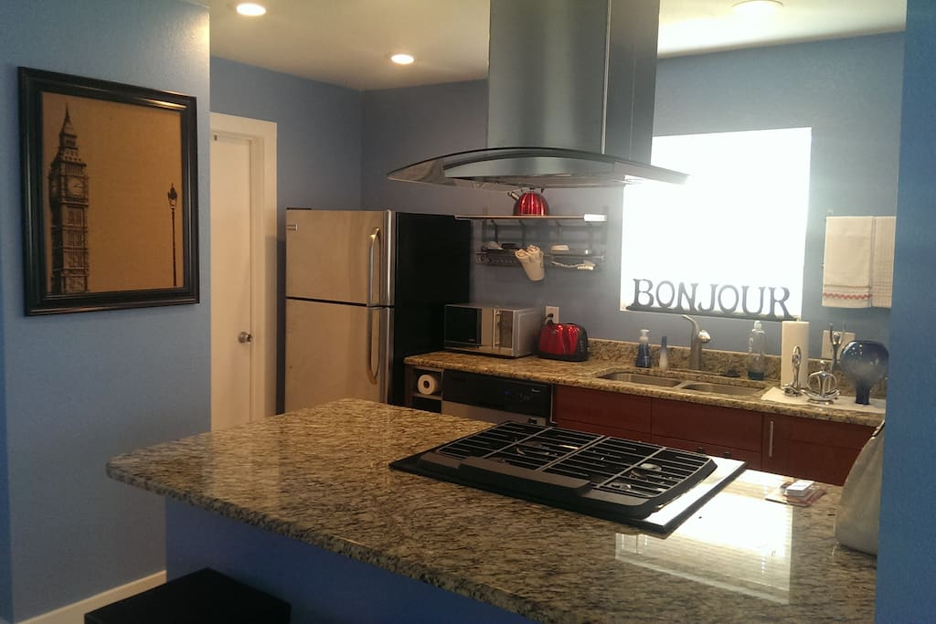 2 Bed 1bath Full Kitchen Sleeps 7 Houses For Rent In Austin Texas United States