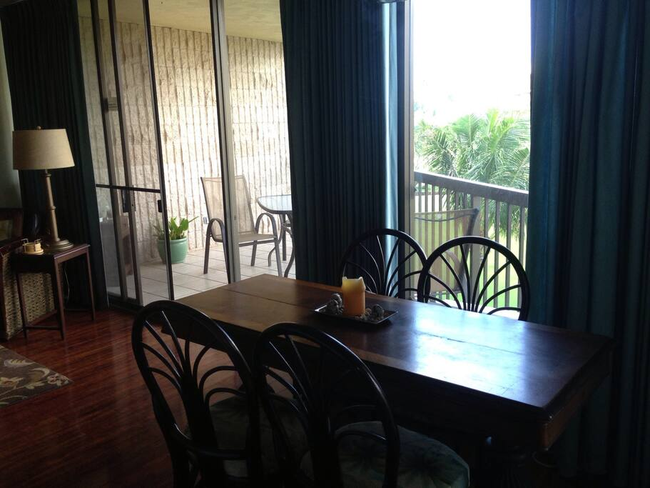 Dine indoors or on the lanai for oceanviewing and sunsets
