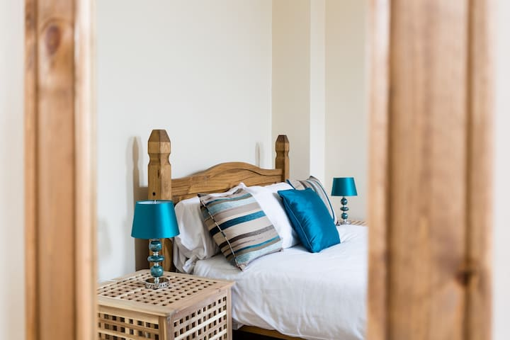 High Street Studio Serviced Apartment
