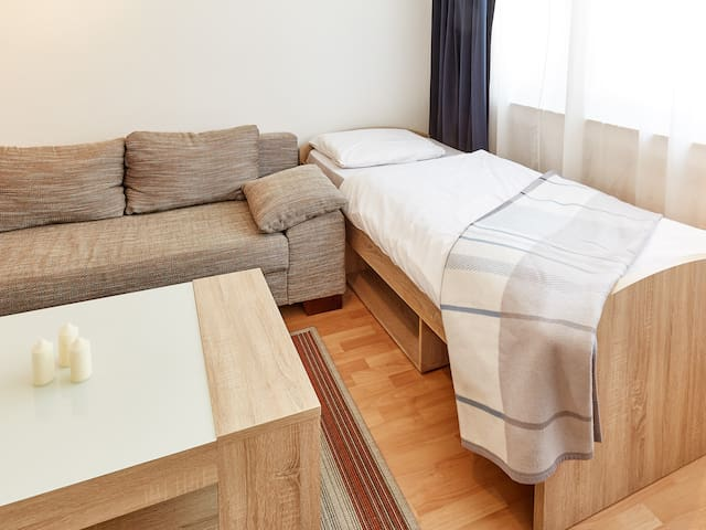 Charmantes Apartment im trendigen Viertel - Düsseldorf - Wohnung