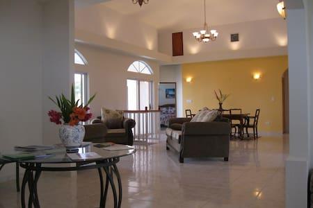 Villa San Juan - Bed & Breakfast