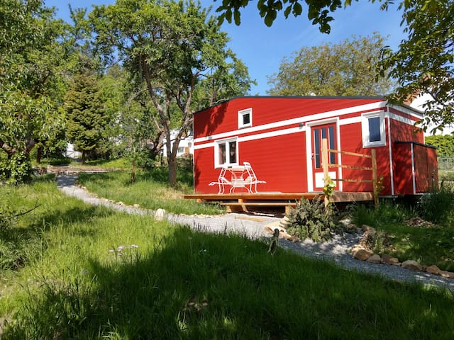 Tinyhäuser im Mirabellengarten - Fuchsbau