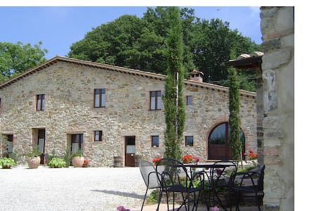 Holiday in the countryside - Castell'azzara