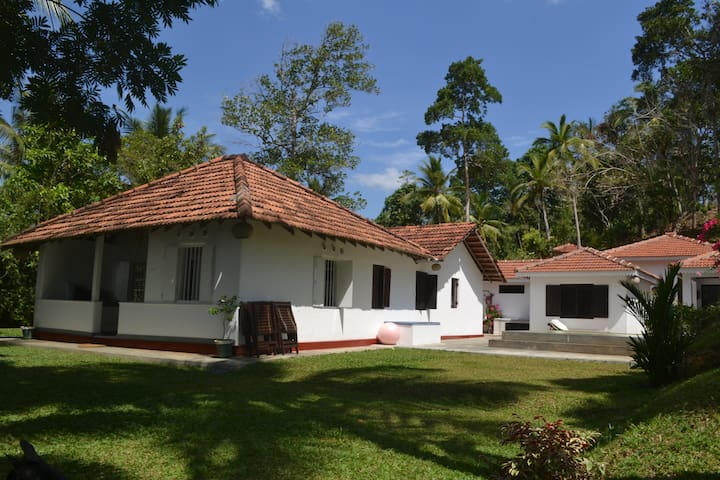 Villa to rent on Koggala Lake  - Koggala
