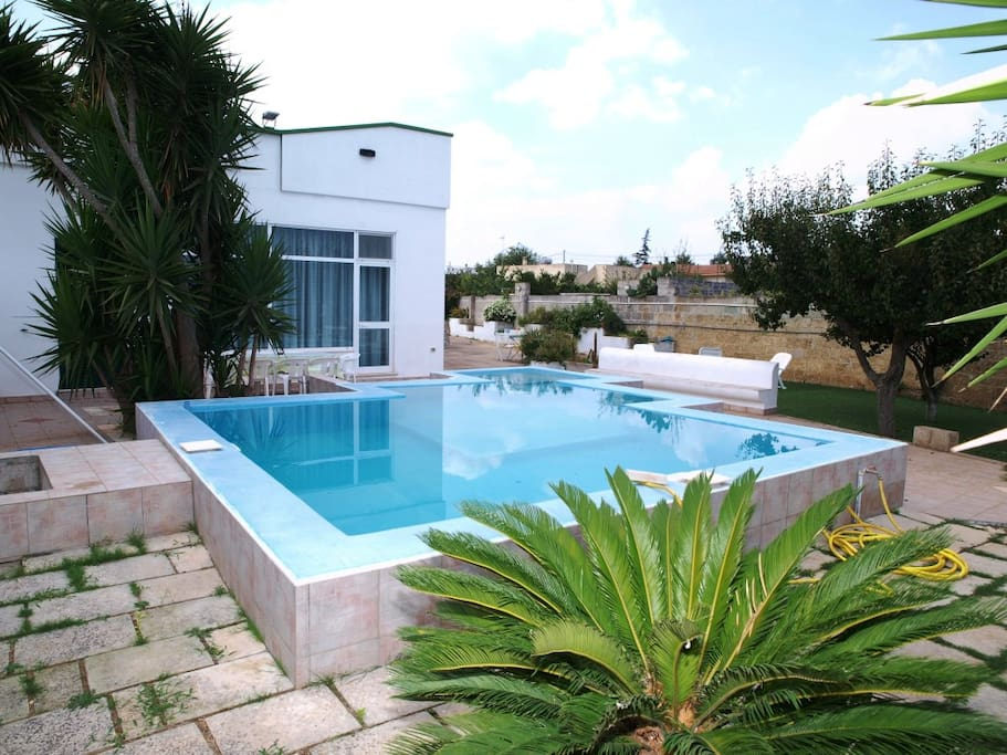 Villa con piscina privata nel salento houses for rent in - Villa con piscina puglia ...