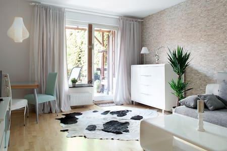 Phantastic living in Berlin center - Berlín - Pis
