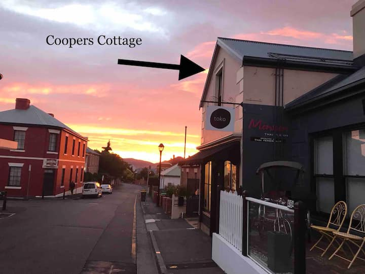 Coopers Cottage Battery Point