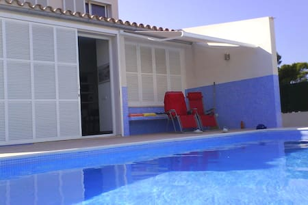 chalet unifamiliar con piscina  - Son Serra de Marina - Haus