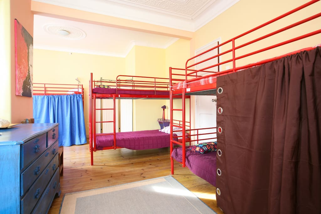 Dorm for youth, the price is for person!! confortable for 6 people with enough privacy!