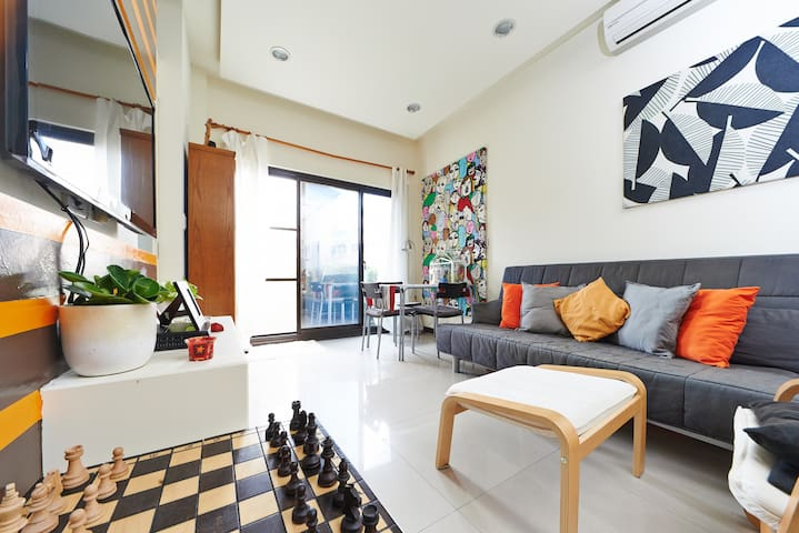 Clean, relaxed and modern room in north Taipei! - Danshui District - Aamiaismajoitus