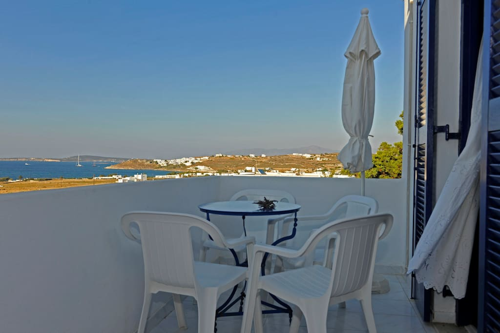 Private Balcony with Sea View and the bay of Naoussa Family Apartement