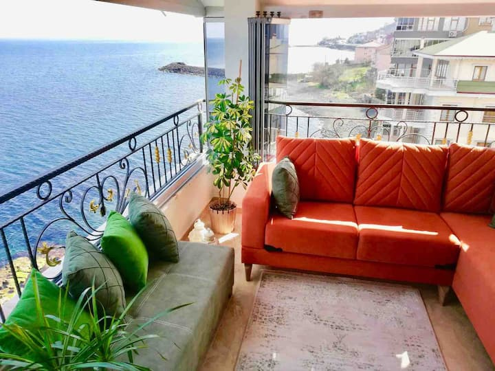 Trabzon My White House 4+1 sea ​​view suite