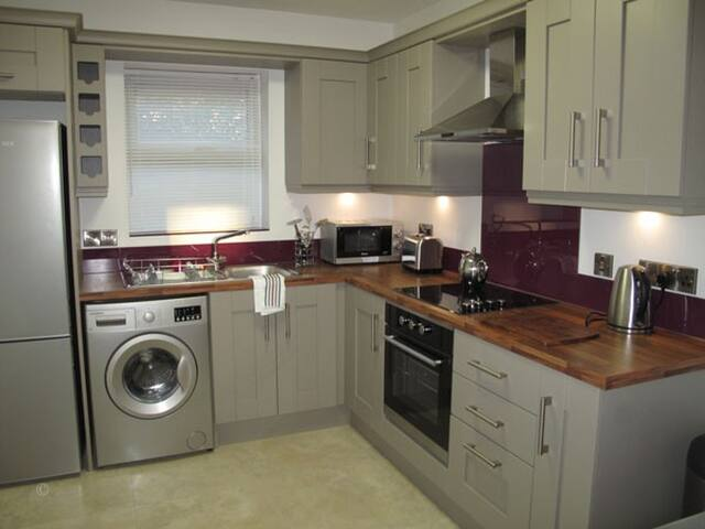 2 Bedroom Apartment - Letterkenny - Apartment