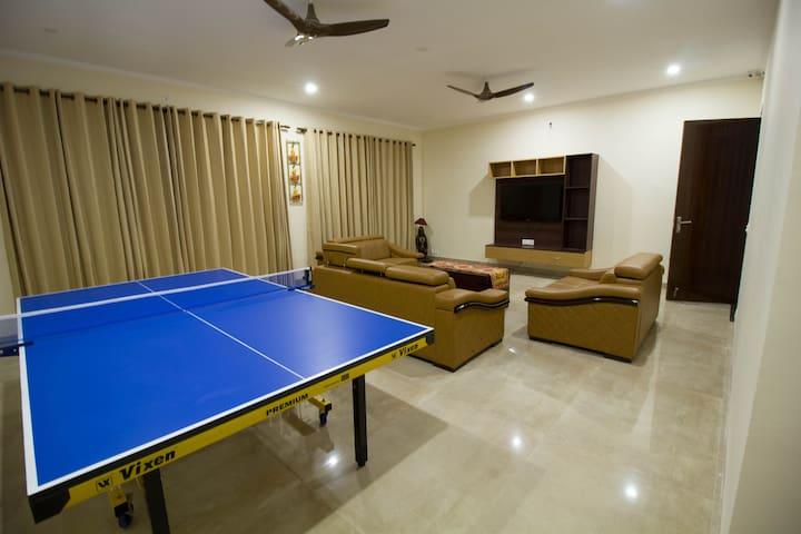 HimVarsha Mountainview Cottage, Single Room