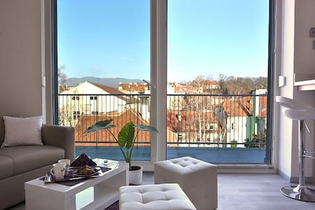 Mini Penthouse with Amazing View - Zagreb - Wohnung