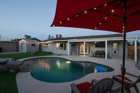 South of Old Town / Heated Pool with Fire Pit
