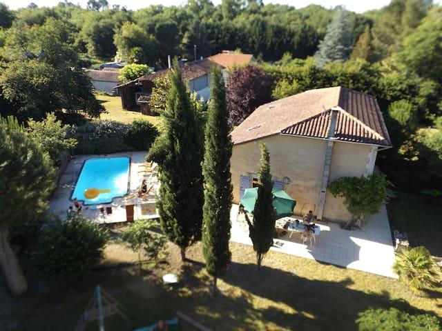 Maison avec piscine dans les landes